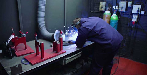 Jenks & Cattell Engineering Manuak and Robotic Welding